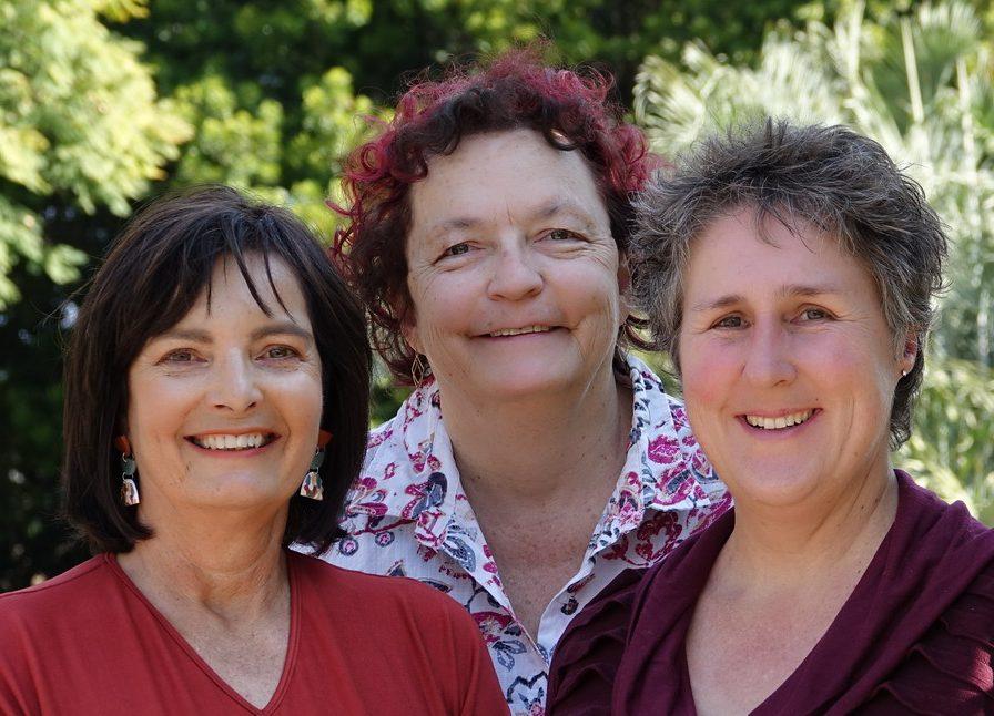 Drei-Damen-kl